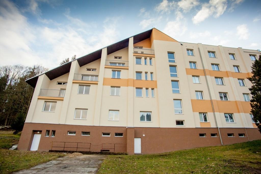 Zateplování a revitalizace panelových domů